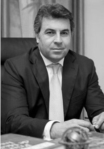 Docteur Hichem Mahmoud meilleur chirurgien